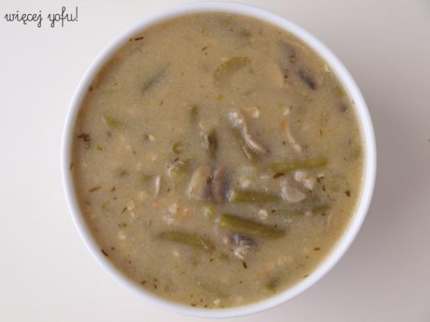 Zupa z zielonej fasolki szparagowej